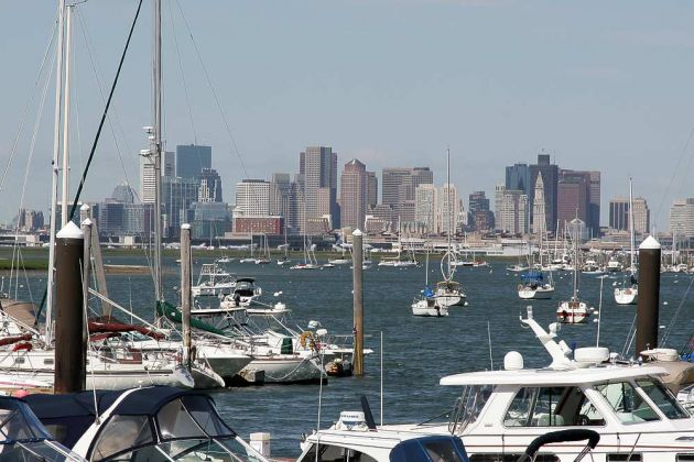Die Skyline von Downtown Boston - Blick von der Terrace Avenue in Winthrop